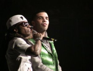 Drake lookin' like Obama here
